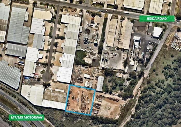 LAND ONLY – HEAVY INDUSTRIAL ZONING